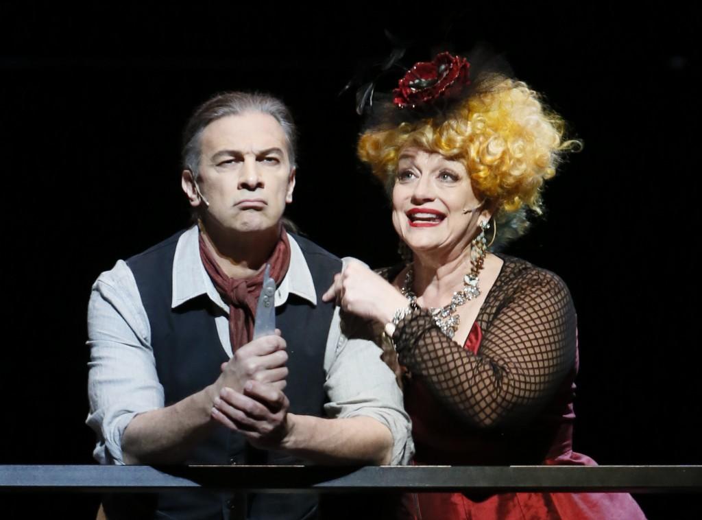 Greer Grimsley  (Sweeney Todd) and Luretta Bybee (Mrs. Lovett) Credit: Tim Matheson